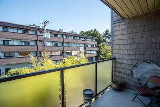 """Photo 14: 304 212 FORBES Avenue in North Vancouver: Lower Lonsdale Condo for sale in """"Forbes Manor"""" : MLS®# R2481316"""