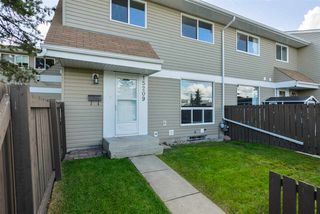 Photo 1: 15209 54 Street in Edmonton: Zone 02 Townhouse for sale : MLS®# E4212002