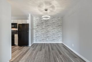 Photo 5: 15209 54 Street in Edmonton: Zone 02 Townhouse for sale : MLS®# E4212002