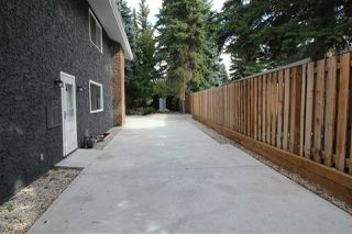 Photo 4: 12 QUESNELL Road in Edmonton: Zone 22 House for sale : MLS®# E4212400
