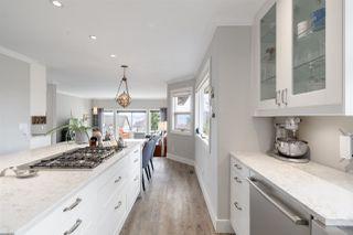 "Photo 5: 1022 GLACIER VIEW Drive in Squamish: Garibaldi Highlands House for sale in ""GARIBALDI HIGHLANDS"" : MLS®# R2494432"