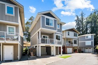 Photo 1: 3388 Happy Valley Rd in : La Happy Valley Single Family Detached for sale (Langford)  : MLS®# 855592