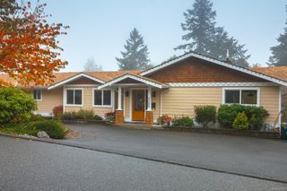 Photo 3: 3489 Aloha Ave in : Co Lagoon House for sale (Colwood)  : MLS®# 859786