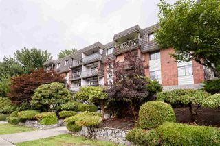 "Photo 1: 108 340 W 3RD Street in North Vancouver: Lower Lonsdale Condo for sale in ""McKinnon House"" : MLS®# R2392293"