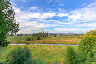 "Photo 19: 212 15185 36 Avenue in Surrey: Morgan Creek Condo for sale in ""EDGEWATER"" (South Surrey White Rock)  : MLS®# R2403388"