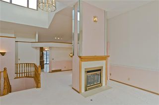 Photo 11: 144 OAKBRIAR Close SW in Calgary: Palliser Semi Detached for sale : MLS®# C4281528