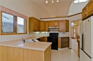 Photo 24: 144 OAKBRIAR Close SW in Calgary: Palliser Semi Detached for sale : MLS®# C4281528