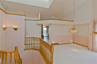 Photo 16: 144 OAKBRIAR Close SW in Calgary: Palliser Semi Detached for sale : MLS®# C4281528
