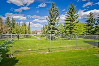 Photo 7: 144 OAKBRIAR Close SW in Calgary: Palliser Semi Detached for sale : MLS®# C4281528