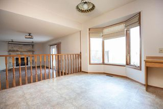 Photo 12: 135 Mayfield Crescent in Winnipeg: Charleswood Residential for sale (1G)  : MLS®# 202011350