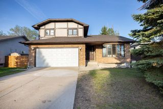 Photo 1: 135 Mayfield Crescent in Winnipeg: Charleswood Residential for sale (1G)  : MLS®# 202011350