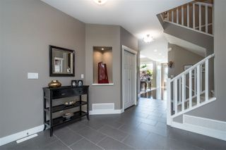 """Photo 3: 2150 ZINFANDEL Drive in Abbotsford: Aberdeen House for sale in """"Pepin Brook Estates"""" : MLS®# R2458017"""