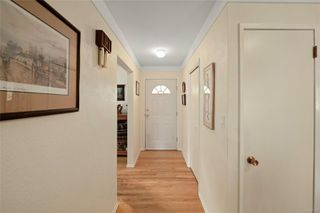 Photo 11: 5143 Santa Clara Ave in : SE Cordova Bay House for sale (Saanich East)  : MLS®# 851992