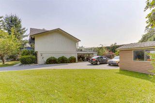 Photo 4: 945 EDEN Crescent in Delta: Tsawwassen East House for sale (Tsawwassen)  : MLS®# R2493592