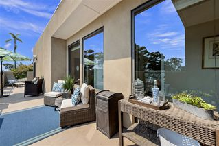 Photo 13: MISSION HILLS House for sale : 3 bedrooms : 4004 Lark St in San Diego