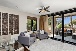 Photo 6: MISSION HILLS House for sale : 3 bedrooms : 4004 Lark St in San Diego