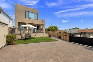 Photo 22: MISSION HILLS House for sale : 3 bedrooms : 4004 Lark St in San Diego