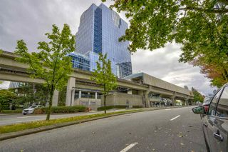 """Photo 23: 1106 10899 UNIVERSITY Drive in Surrey: Whalley Condo for sale in """"OBSERVATORY"""" (North Surrey)  : MLS®# R2507085"""