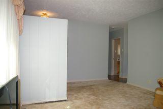 Photo 3: 9 MAPLE Drive: St. Albert House for sale : MLS®# E4219778