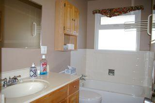 Photo 13: 9 MAPLE Drive: St. Albert House for sale : MLS®# E4219778