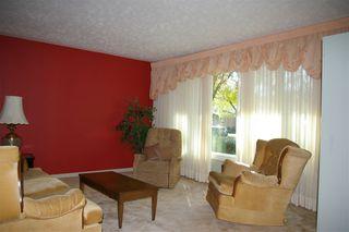 Photo 2: 9 MAPLE Drive: St. Albert House for sale : MLS®# E4219778