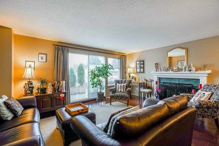 """Photo 4: 4 13936 72 Avenue in Surrey: East Newton Townhouse for sale in """"Uptown North"""" : MLS®# R2523122"""