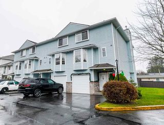 """Photo 2: 4 13936 72 Avenue in Surrey: East Newton Townhouse for sale in """"Uptown North"""" : MLS®# R2523122"""