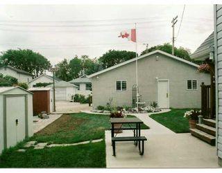 Photo 5: 274 NOTRE DAME Street in Winnipeg: St Boniface Single Family Detached for sale (South East Winnipeg)  : MLS®# 2701501