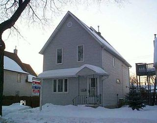 Photo 1: 274 NOTRE DAME Street in Winnipeg: St Boniface Single Family Detached for sale (South East Winnipeg)  : MLS®# 2701501