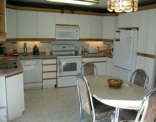 Photo 7: 274 NOTRE DAME Street in Winnipeg: St Boniface Single Family Detached for sale (South East Winnipeg)  : MLS®# 2701501