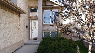 Photo 2: 947 John Bruce Road East in Winnipeg: St Vital Residential for sale (South East Winnipeg)  : MLS®# 1109667