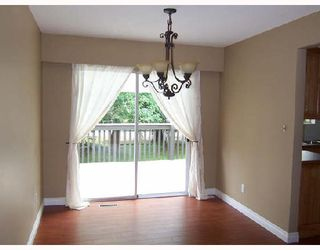 Photo 3: 21086 119TH Avenue in Maple_Ridge: Southwest Maple Ridge House for sale (Maple Ridge)  : MLS®# V665608