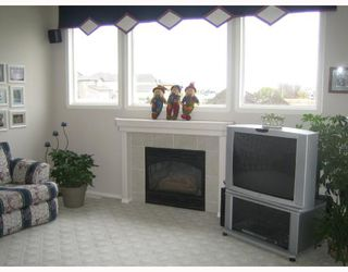 Photo 5: 657 BONNER Avenue in WINNIPEG: North Kildonan Single Family Detached for sale (North East Winnipeg)  : MLS®# 2717647