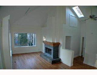 Photo 6: 1152 LILY Street in Vancouver: Grandview VE House for sale (Vancouver East)  : MLS®# V692376