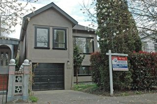 Photo 2: 1152 LILY Street in Vancouver: Grandview VE House for sale (Vancouver East)  : MLS®# V692376