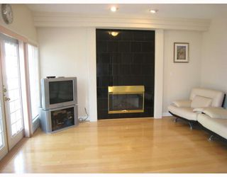 Photo 6: 2269 E 61ST Avenue in Vancouver: Fraserview VE House for sale (Vancouver East)  : MLS®# V707983