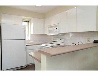 """Photo 6: 1195 W 8TH Ave in Vancouver: Fairview VW Townhouse for sale in """"ALDER COURT"""" (Vancouver West)  : MLS®# V633537"""