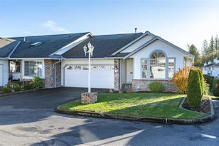 "Photo 1: 6 33922 KING Road in Abbotsford: Poplar Townhouse for sale in ""Kingsview Estates"" : MLS®# R2420349"