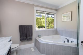 Photo 16: 1056 DORAN Road in North Vancouver: Lynn Valley House for sale : MLS®# R2454858