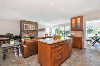 Photo 13: 8515 ANSELL Place in West Vancouver: Howe Sound House for sale : MLS®# R2461115