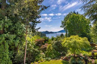 Photo 35: 8515 ANSELL Place in West Vancouver: Howe Sound House for sale : MLS®# R2461115