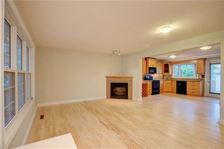 Photo 6: 2417 53 Avenue SW in Calgary: North Glenmore Park Semi Detached for sale : MLS®# C4299772