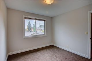 Photo 16: 2417 53 Avenue SW in Calgary: North Glenmore Park Semi Detached for sale : MLS®# C4299772