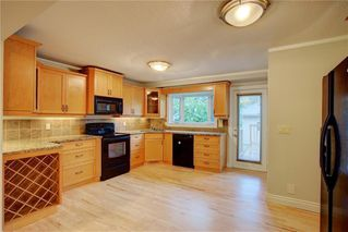 Photo 7: 2417 53 Avenue SW in Calgary: North Glenmore Park Semi Detached for sale : MLS®# C4299772
