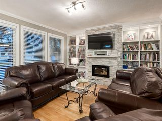 Photo 4: 908 PENSDALE Crescent SE in Calgary: Penbrooke Meadows Detached for sale : MLS®# A1018002