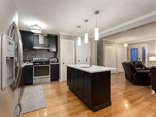 Photo 13: 908 PENSDALE Crescent SE in Calgary: Penbrooke Meadows Detached for sale : MLS®# A1018002