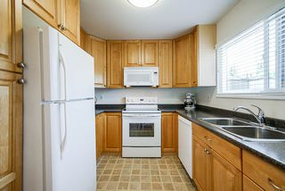 """Photo 8: 3340 VINCENT Street in Port Coquitlam: Glenwood PQ Townhouse for sale in """"Burkview"""" : MLS®# R2488086"""