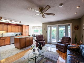 Photo 17: 646 Redwood Dr in : PQ Qualicum Beach House for sale (Parksville/Qualicum)  : MLS®# 853643