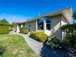 Photo 12: 646 Redwood Dr in : PQ Qualicum Beach House for sale (Parksville/Qualicum)  : MLS®# 853643