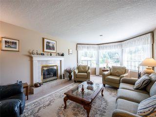 Photo 4: 646 Redwood Dr in : PQ Qualicum Beach House for sale (Parksville/Qualicum)  : MLS®# 853643